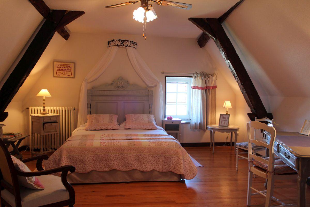 Maison du prince de cond demeure d 39 h tes de charme - La demeure insoupconnee chambre d hotes ...